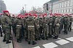 00 Odsłonięcie pomnika Kaczyńskiego - wojsko na ulicach miasta.jpg