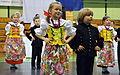 02016 0373 Kinder in Schlesischen Trachten.JPG