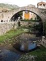 102 La Pobla de Lillet, pont Vell.jpg