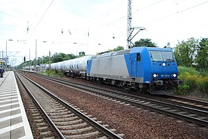Berlin–Halle railway - A freight train passes Ludwigsfelde station in 2012