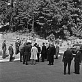 1957 Visite du ministre de l'agriculture Mr ANDRE DULIN au CNRZ-42-cliche Jean Joseph Weber.jpg
