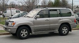 2004 Toyota Land Cruiser.jpg