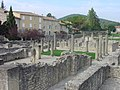 2005-09-17 10-01 Provence 418 Vaison-la-Romaine.jpg