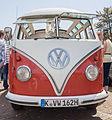 """2007-07-15 VW T1, Baujahr 1962, Sondermodell """"Samba-Bus"""" mit 23 Fenstern und Faltschiebedach IMG 3092.jpg"""