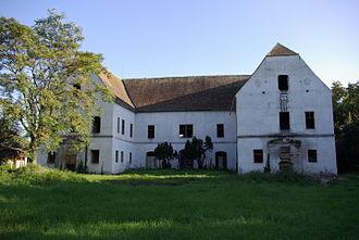 Banloc - Image: 2007 castel banloc