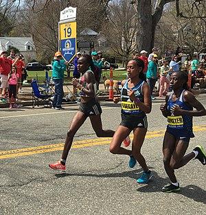 2016 Boston Marathon - Joyce Chepkirui, Tirfi Tsegaye and Valentine Kipketer lead the women at mile 19