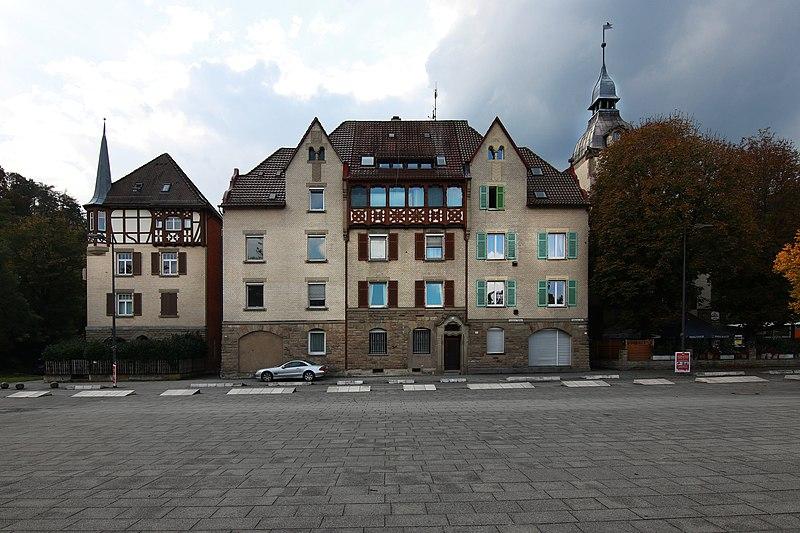 File:20170926 Stuttgart - Südheimer Platz 2, 4, 6.jpg