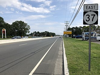 New Jersey Route 37 - View east along Route 37 at Northampton Boulevard in Toms River Township