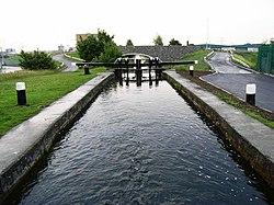7-a Seruro sur la Granda Kanalo de Ĉinio en Sonorilhiacinto, Dublino 12