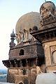 A Minar as seen from the terrace, Gol Gumbaz.jpg