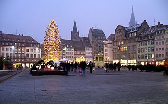Place Kléber - In 2007, with Christmas tree