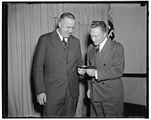 Admiral Byrd admires medal awarded to aide on Antarctic expedition. Washington, D.C., April 27. Rear Admiral Richard E. Byrd admires the gold medal of the National Geographic Society which LCCN2016877888.jpg