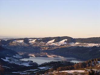 Ägerisee - Image: Aegerisee Winter Mostelberg