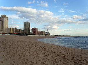 Lagoa Beach - Lagoa Cove is a long crescent-shaped beach and located in the city's highrise district.
