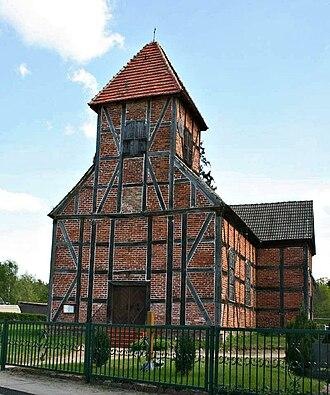 Wesenberg, Mecklenburg-Vorpommern - Image: Ahrensberg Dorfkirche Fachwerk