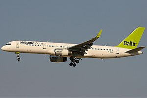 Air Baltic Boeing 757 KvW.jpg