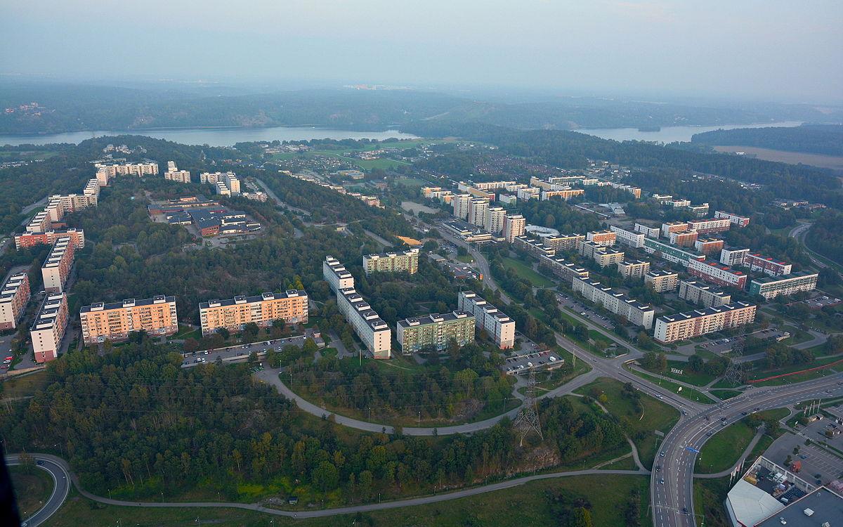 Hgklintavgen 12, Lilla Alby - Svenska Mklarhuset