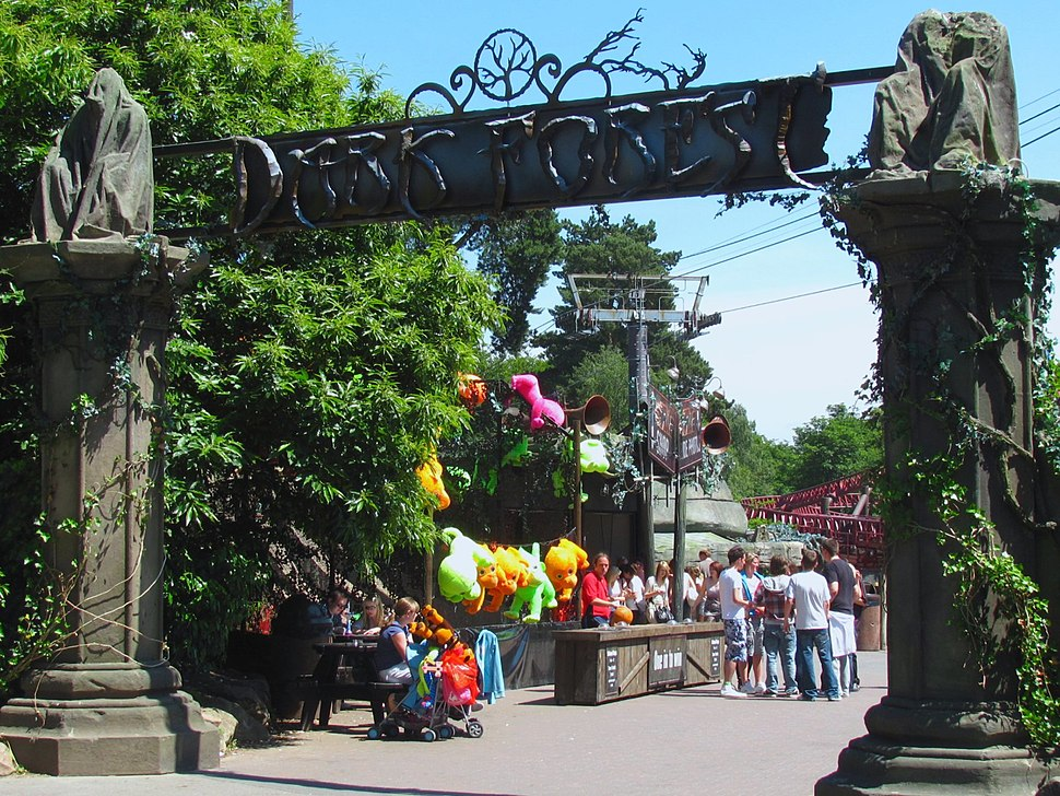 Alton Towers Dark Forest entrance