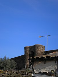 Aspecto do Castelo de Veiros - panoramio.jpg