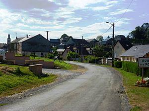 Aubigny-les-Pothées - Entrance to the village
