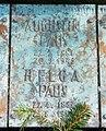 Augustin Paus familiegravminne Vestre gravlund i Oslo.jpeg