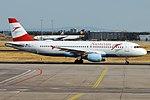 Austrian Airlines, OE-LBO, Airbus A320-214 (44341899692).jpg