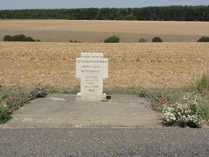 Avocourt (Meuse) mémorial volontaires 1944