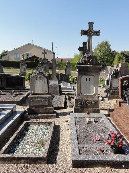 Béthelainville (Meuse) cimetière, tombes de guerre A
