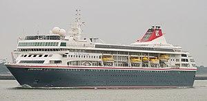 Fred. Olsen Cruise Lines - Image: BREAMAR (36487157951)