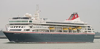 Fred. Olsen Cruise Lines - Image: BREAMAR (36487157951)