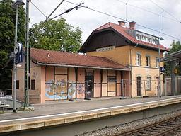 Bahnhof Unterhaching Empfangsgebäude