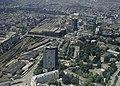 Basel - Luftbild Lonza Hochhaus und BIZ-Turm.jpg