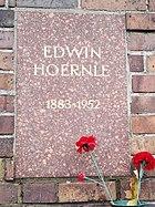 Berlin Friedrichsfelde Zentralfriedhof, Gedenkstätte der Sozialisten (Urnenwand) - Hoernle