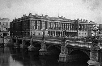 Börse Berlin - The former building of the Berlin Stock Exchange, designed by Friedrich Hitzig, as it appeared in 1886.