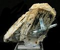 Beryl-Feldspar-Group-284748.jpg