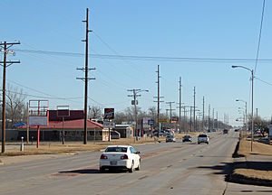 Blackwell, Oklahoma - Looking east along West Doolin Avenue
