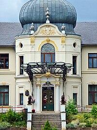 Bluecherhof Schloss Front.JPG