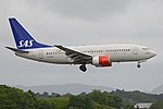 Boeing 737-683 'LN-RRM' Scandinavian Airlines System (44530172502).jpg