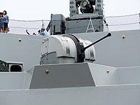 Bofors 40-mm-L70-Kanone an Bord der Fregatte ROCN Wu Chang (PFG-1207) 20130504.jpg