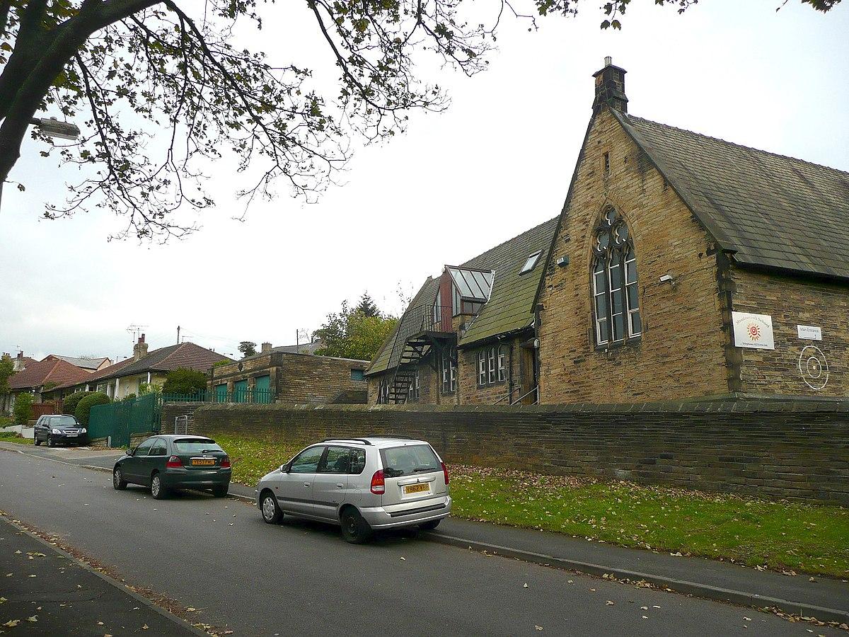 Bolton First School, Bradford.jpg