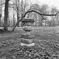 "Borg ""Welgelegen"", tuinvaas - Borgercompagnie - 20038172 - RCE.jpg"