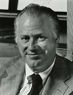 Bowie Kuhn American baseball commissioner (1926-2007)