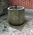 Brunnen Kloster der Servitinnen München.jpg