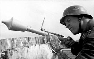 Panzerfaust - A Luftwaffe soldier aims the Faustpatrone using the integrated leaf sight