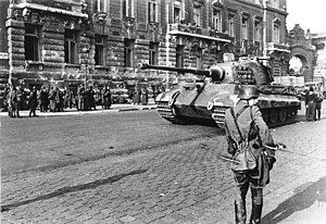 Operation Panzerfaust - Tiger II Tanks in Budapest near Buda Castle