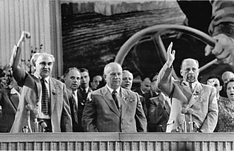 Heinrich Rau - Displayed harmony: Rau (left) beside Khrushchev and Ulbricht at the SED's 5th Party Congress, 1958