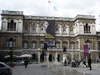 Sensation (art exhibition) - Image: Burlington House Courtyard