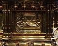Busto-reliquiario di san servazio, in rame dorato con gemme, 1580 ca., storie 07.jpg