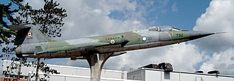 Canadair CF-104 Starfighter - CF-104 displayed at CFB Borden