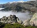 Cabezas de hierro asomando desde Las Milaneras - panoramio.jpg